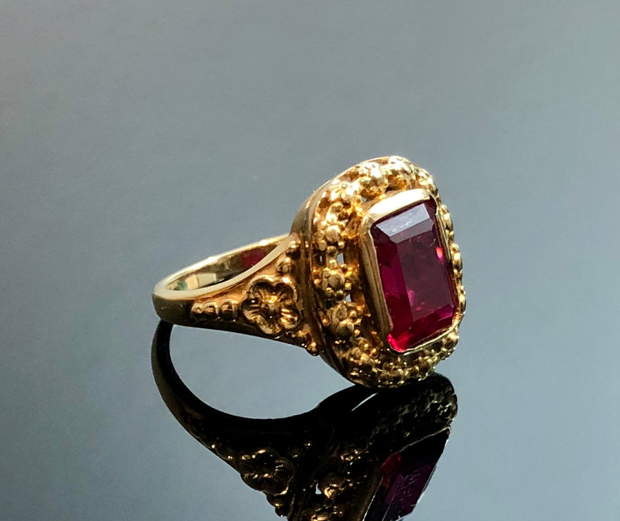 Ladies 14kt Gold Ring with Synthetic Red Stone, Size 6.25