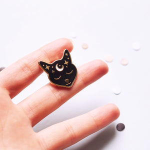 Pin's Witch Cat