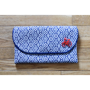 Clutch in Vintage Fabric Blue White Geometric Print
