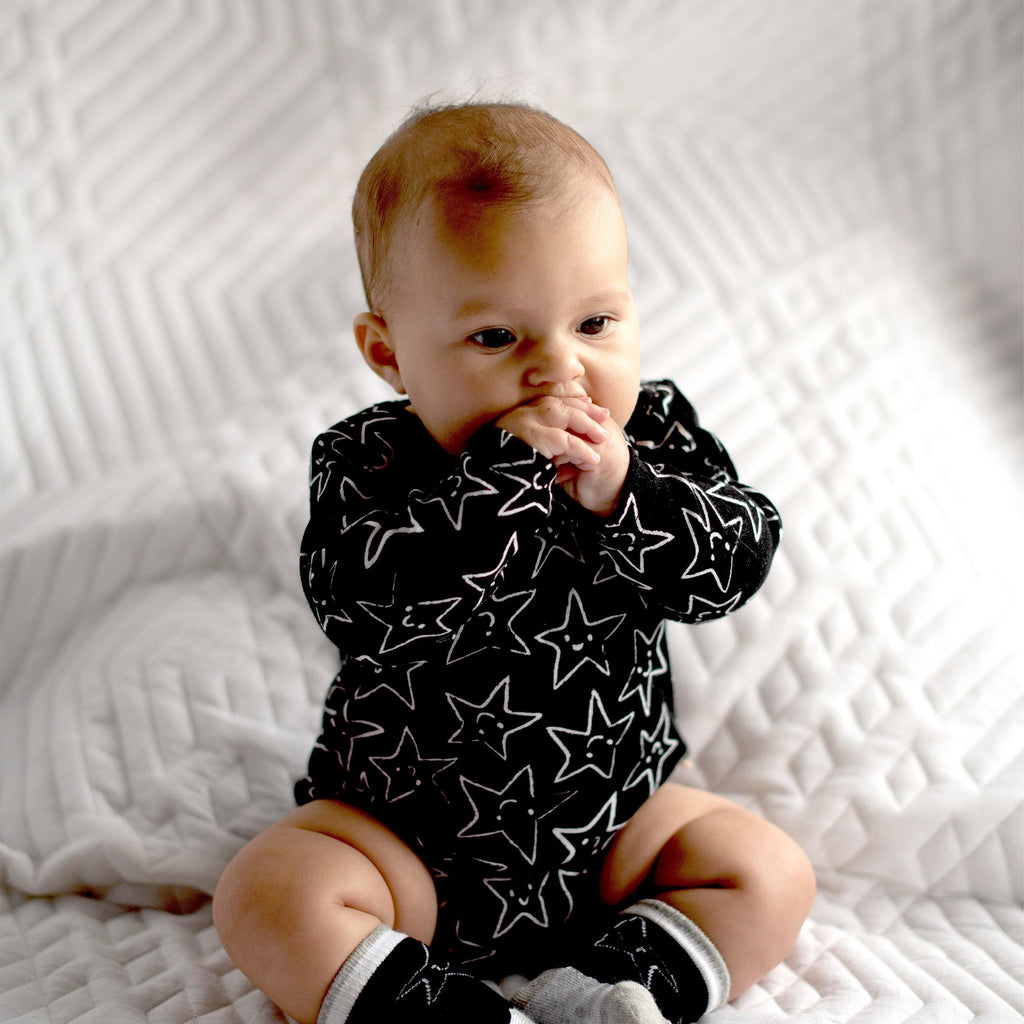 Black & White 3 Pack Long Sleeve Bodysuit - Snugabye Canada