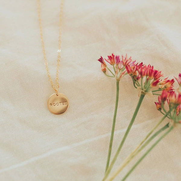 Dear Heart Design Rooted Necklace - Gold