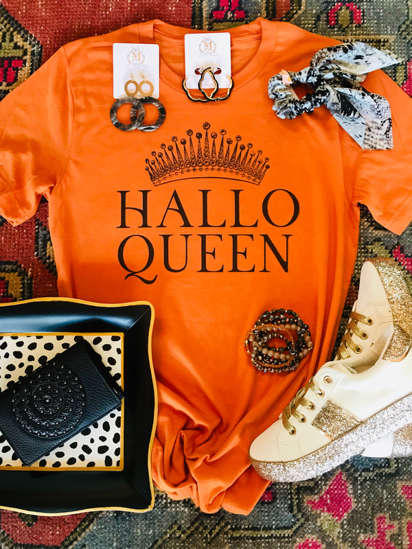 Macy May Graphic Tee - Hallo Queen