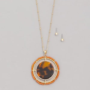 Maddie Medallion Necklace - Turtle Shell