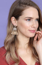 Load image into Gallery viewer, She's got that SPARK earrings - 2 colors