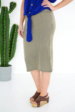 Load image into Gallery viewer, Walk in the Park skirt - all sales final