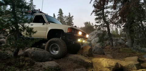 ken's 1st gen coming down the big hill on slick rock