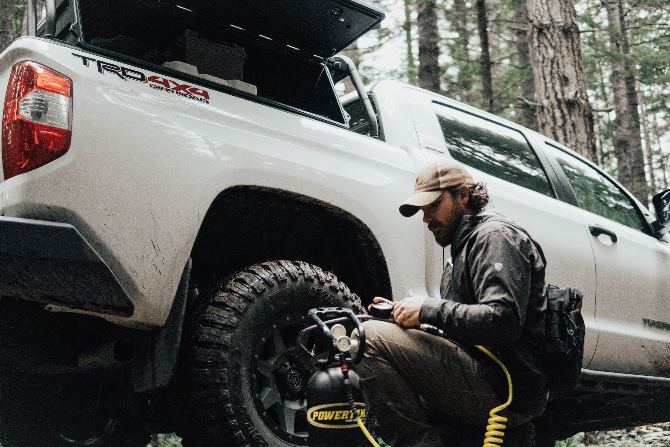 Travis Hess airing up a Tundra with a Power Tank