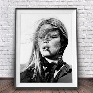 Black & White Vogue Print - A5 15X21 Cm No Frame / Smoke - Decor Negative Space Free Shipping Decor Living Room Office