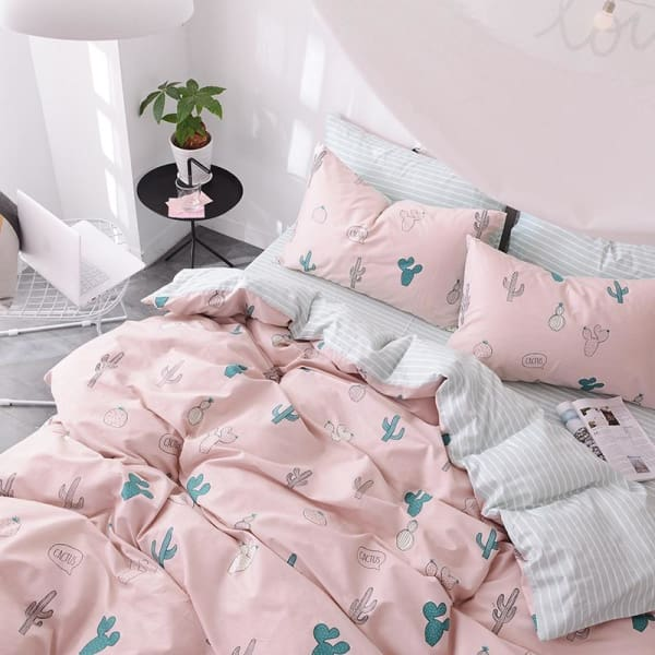 Printed Bedding Set - Negative Space