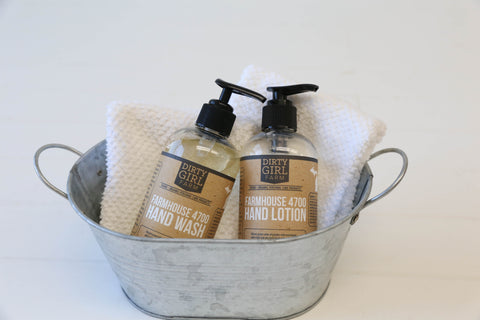 Farmhouse 4700 Gift Set