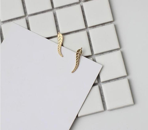 Small Feather Earing