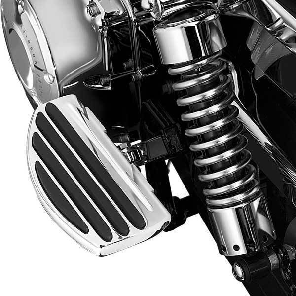 Kuryakyn ISO Driver or Passenger Floorboards for Harley Davidson Models