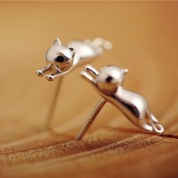 Casual Delicate Tiny Silver Cat Earrings