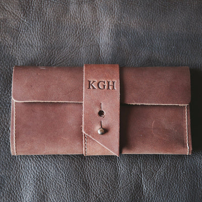 Personalized Leather Bridesmaid Gift, Maid of Honor, Leather Pocketbook Wallet - The Kelsey