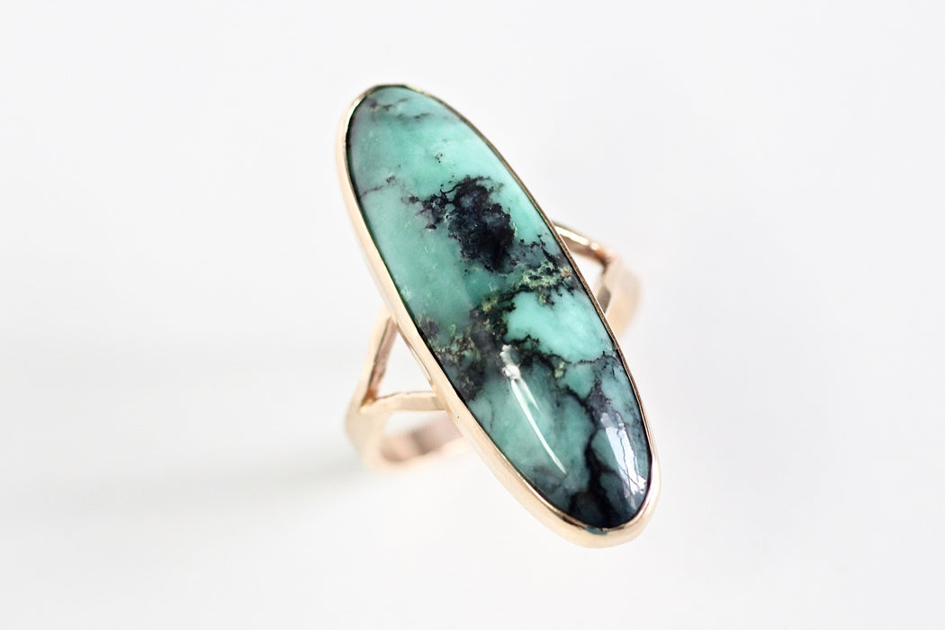 Spider Web Variscite Split Shank Ring - 14k yellow gold