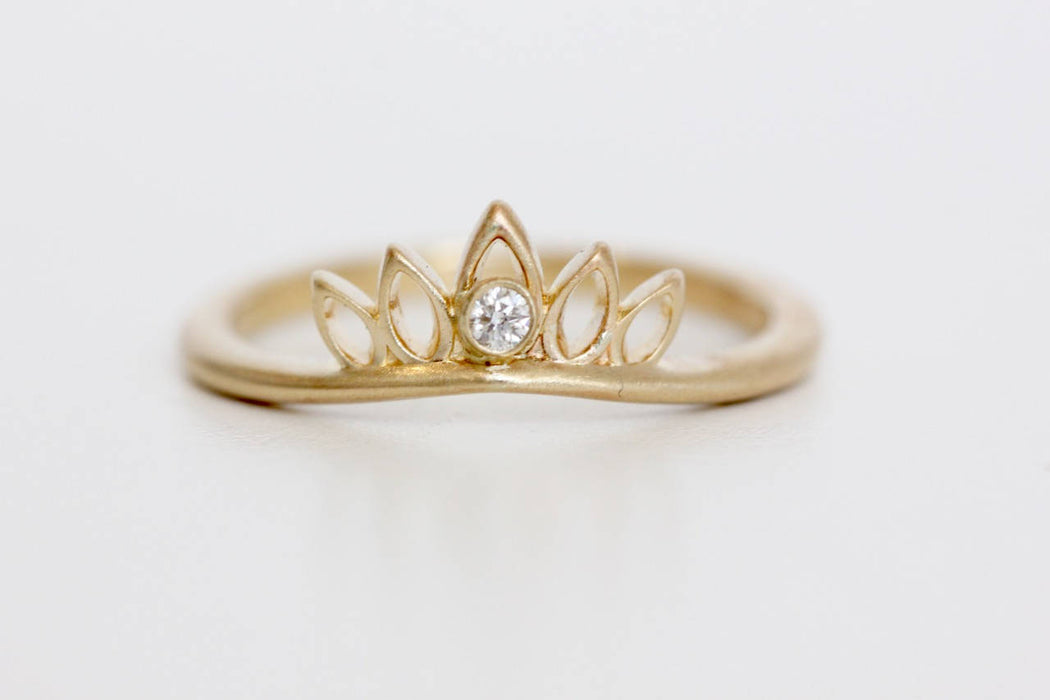14k Recycled Gold Diamond Curved Petal Wedding Band