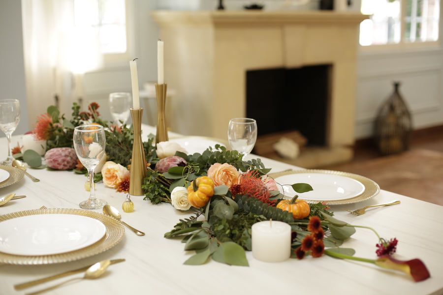Pre-arranged Garland Centerpiece + extra stems - Enjoy Flowers