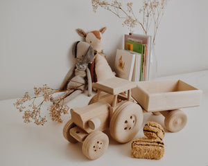 Wooden Tractor With Carriage