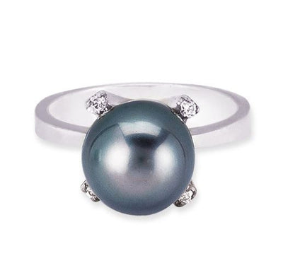 18K White Gold Ring With Diamond And Center Black Pearl