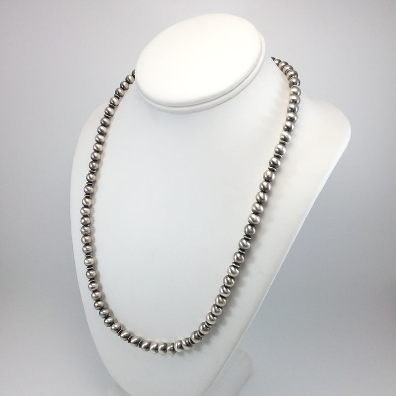 Jeffery Nelson Sterling Silver Navajo Pearl Necklace