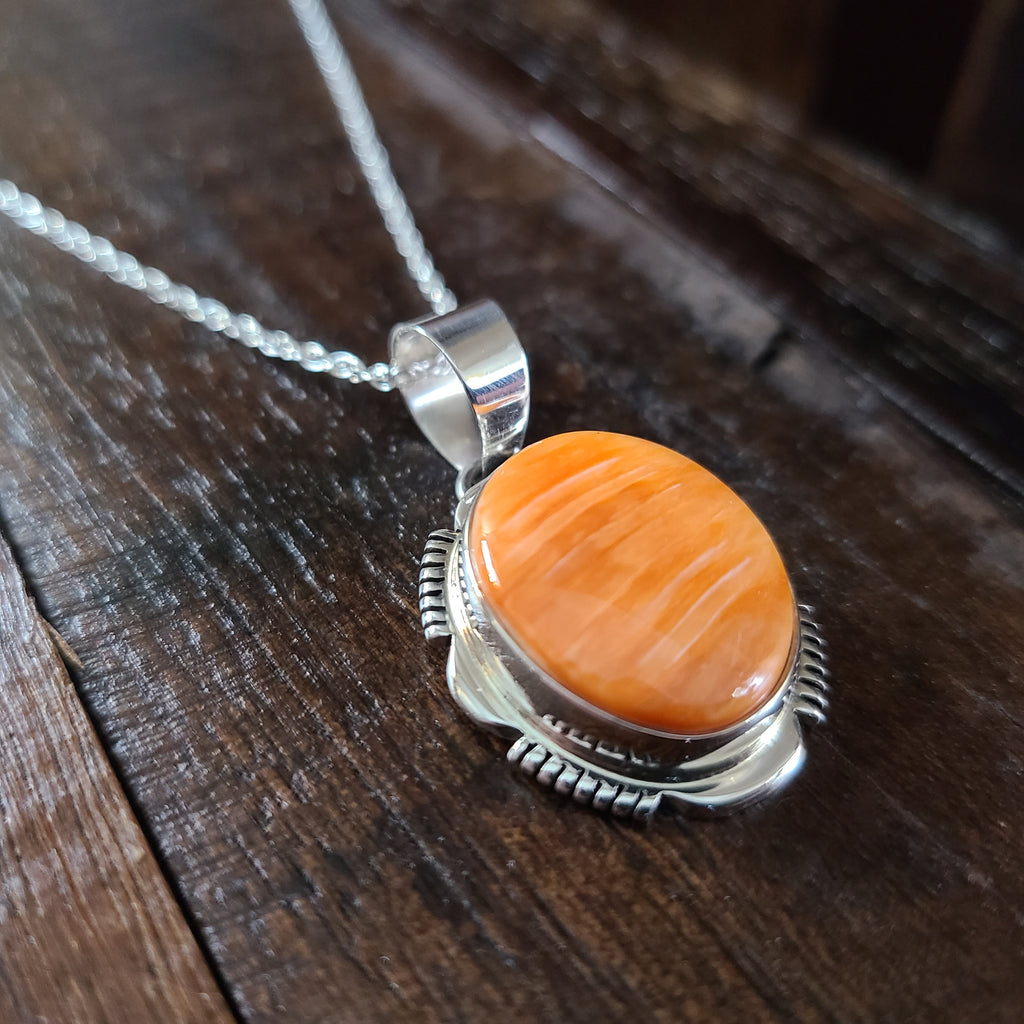 Orange Spiny Oyster Shell | Sterling Silver | Pendant - Native American Indian | Navajo - Larry Yazzie
