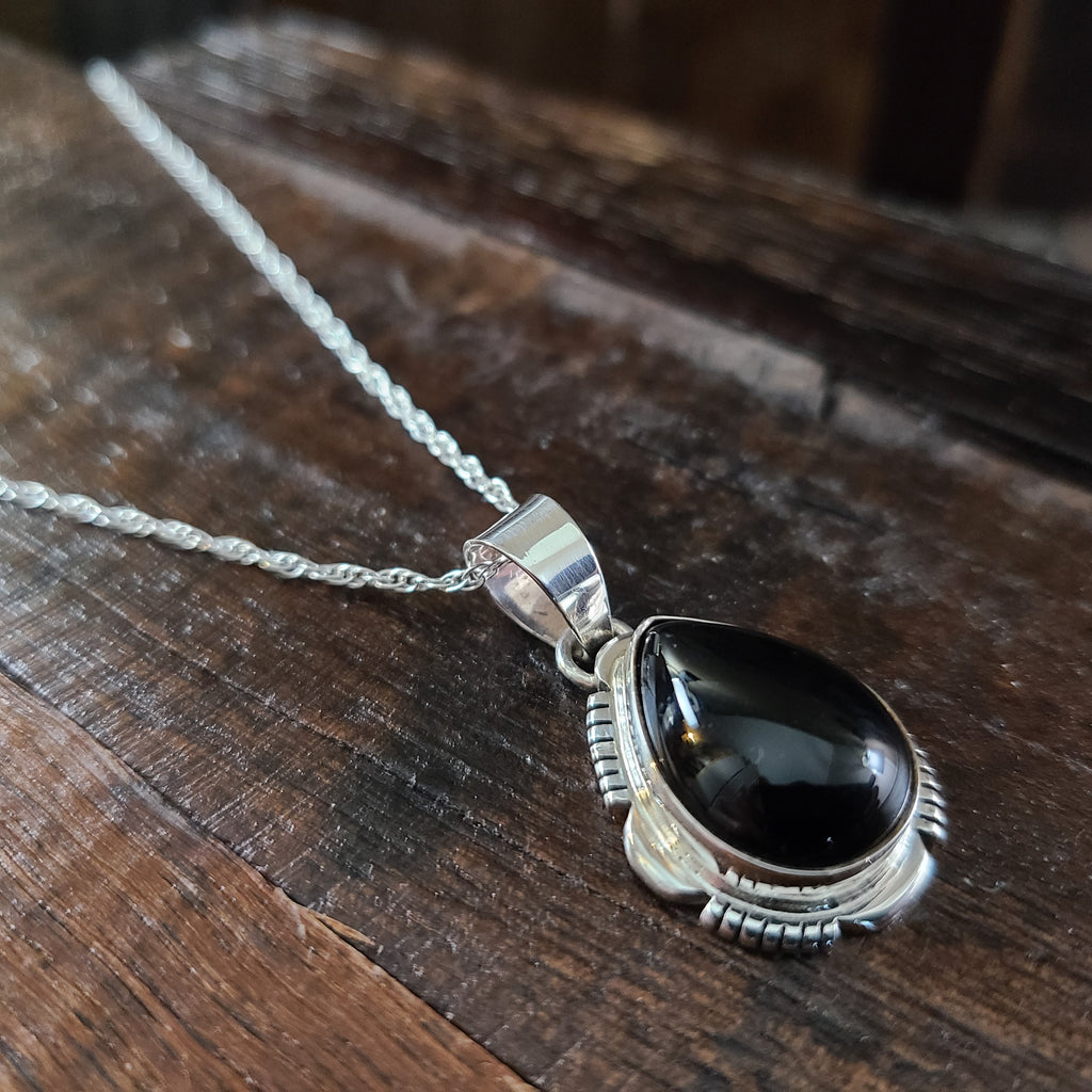 Black Onyx | Sterling Silver | Pendant - Native American Indian | Navajo - Larry Yazzie