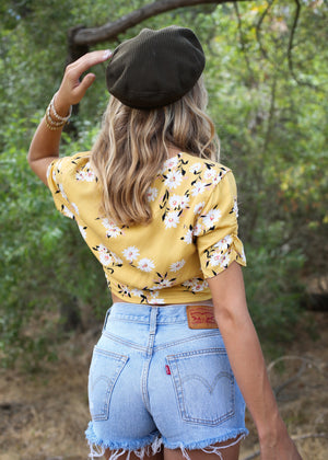 mink pink summer bloom crop top with yellow flowers