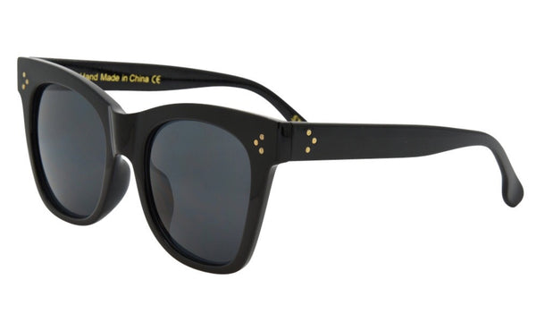 Newport Beach Boutique I-Sea sunglasses Stevie Black 2