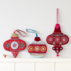 Flat Bauble Embroidery Kit by Nancy Nicholson
