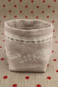 Ecru Floral Sajou Cross Stitch Pots