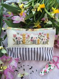 Busy Bee Bag Kit By Shepherd's Bush