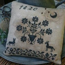 Blackwork Pinkeep by Stacy Nash Primitives