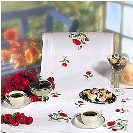 Rico Table Runner  67050 Poppies