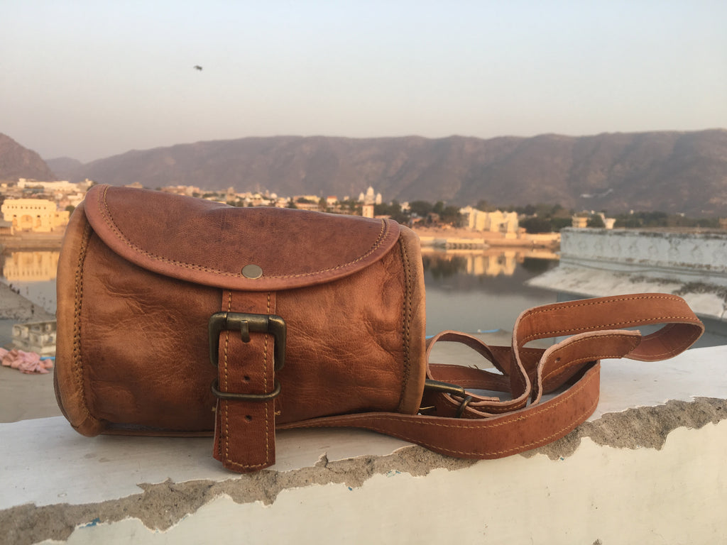 Barrel Leather Pouch