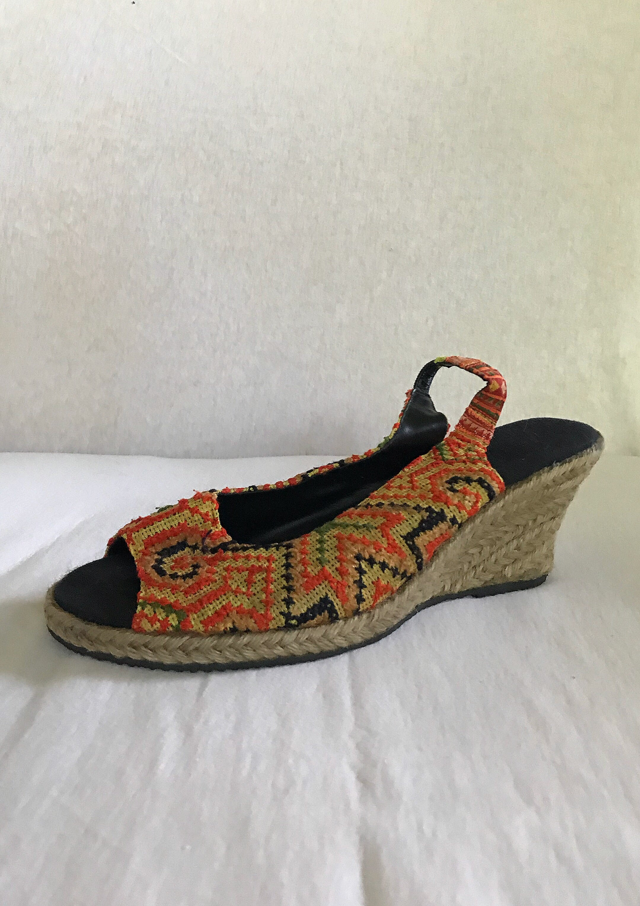 Hmong Hilltribe Sandal Wedge