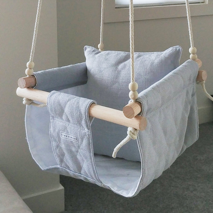 GREY QUILTED SWING