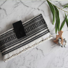 NAPPY WALLET - BLACK AND WHITE