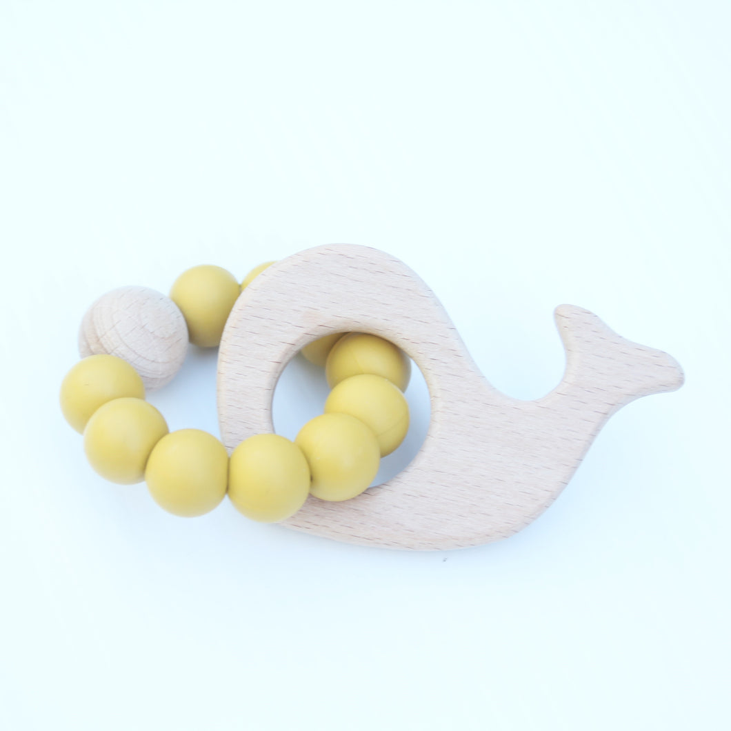 WHALE TEETHERS