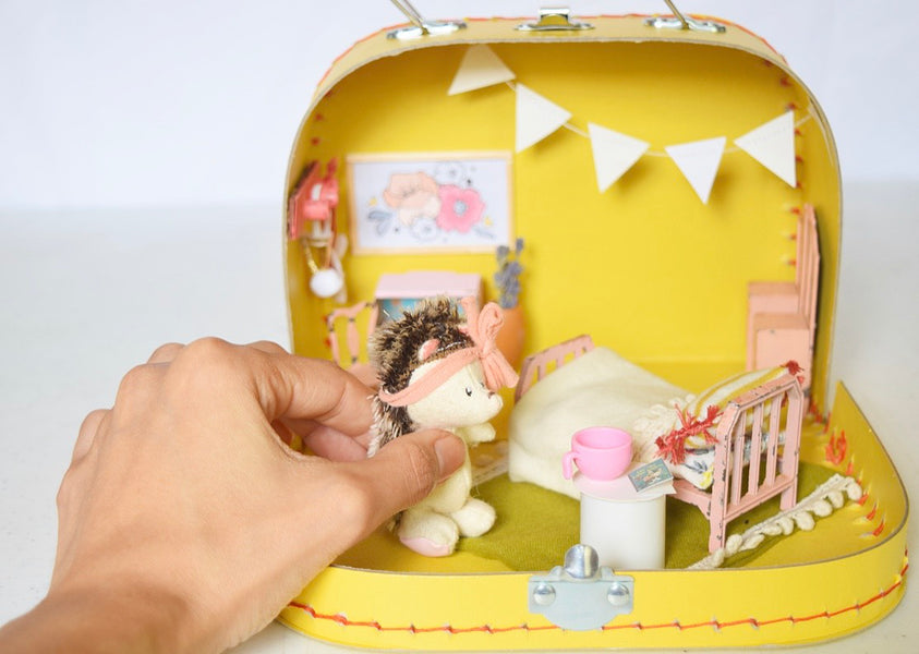 On-The-Go Dollhouse