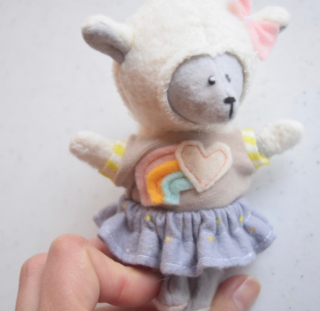 Little Sheep Friend With Dress