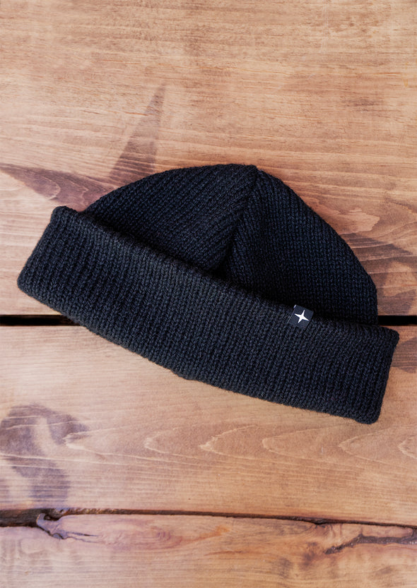 pure wool beanie - black//tuque pure laine - noire