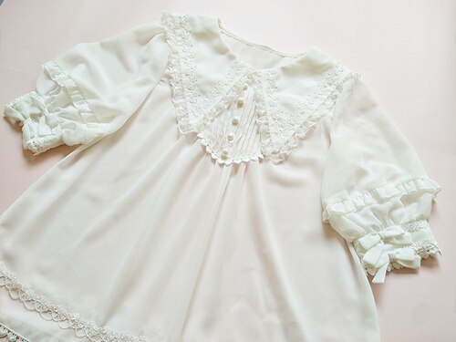 Short Sleeve Chiffon Blouse Pointed Collar Lolita Top