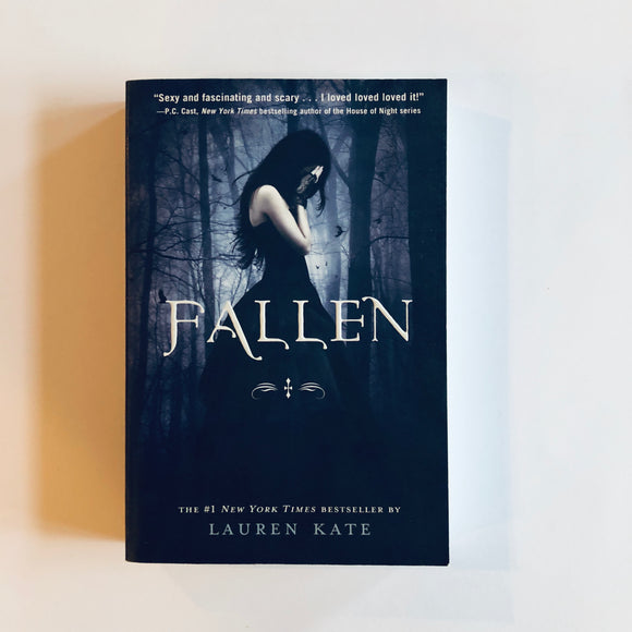 Paperback book: Fallen by Lauren Kate