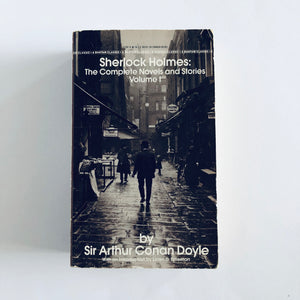 Paperback book: The Complete Novels and Stories of Sherlock Holmes (vol. 1) by Sir Arthur Conan Doyle