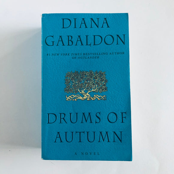 Paperback book: Drums of Autumn by Diana Gabaldon