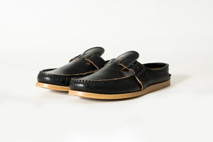 Lazy Moccasin-Black Chromexcel- Gum Camp Sole