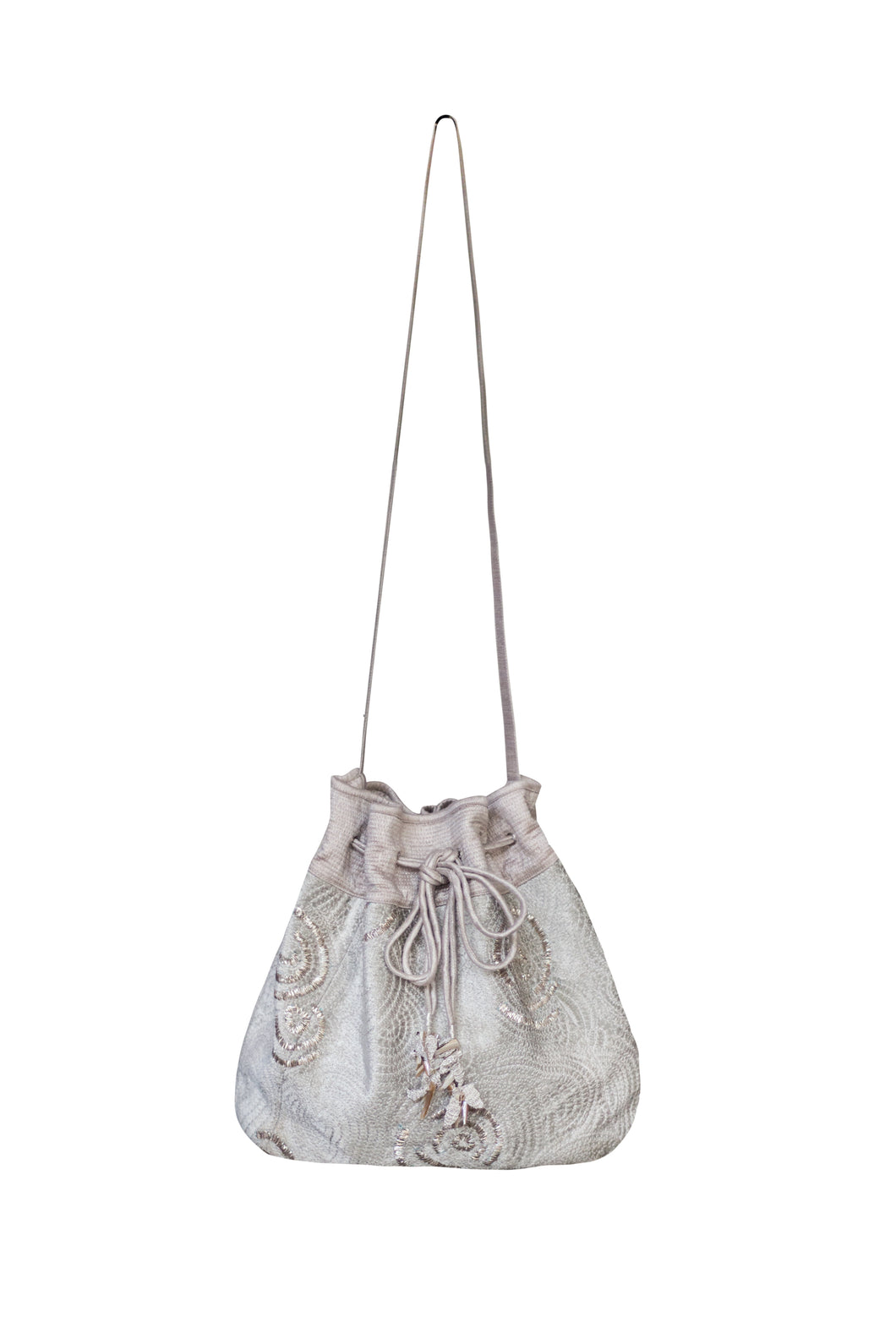Yuni bucket bag