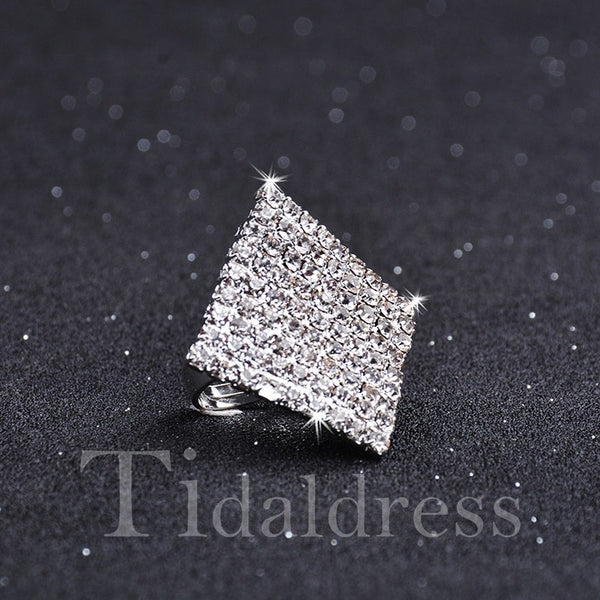 Female Prom Engagement Geometric Pattern Diamante Ring
