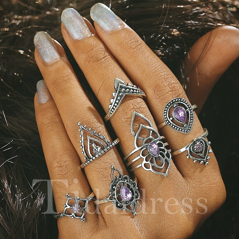 Vintage Style Geometric Floral Alloy Birthday Holiday Ring