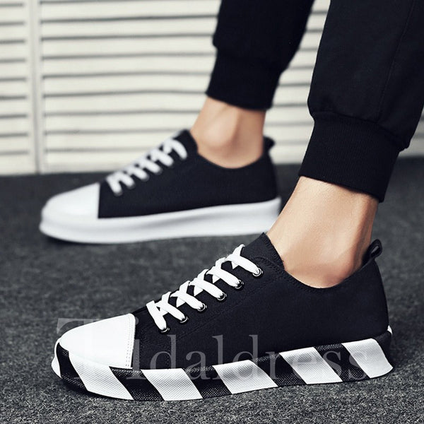 Round Toe Lace-Up Canvas Men's Skater Shoes